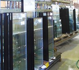 Замена треснутого стеклопакета на однокамерный, двухкамерный